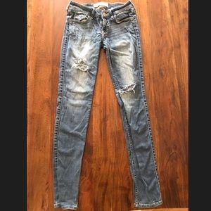 Hollister Skinny Ripped Blue Jean